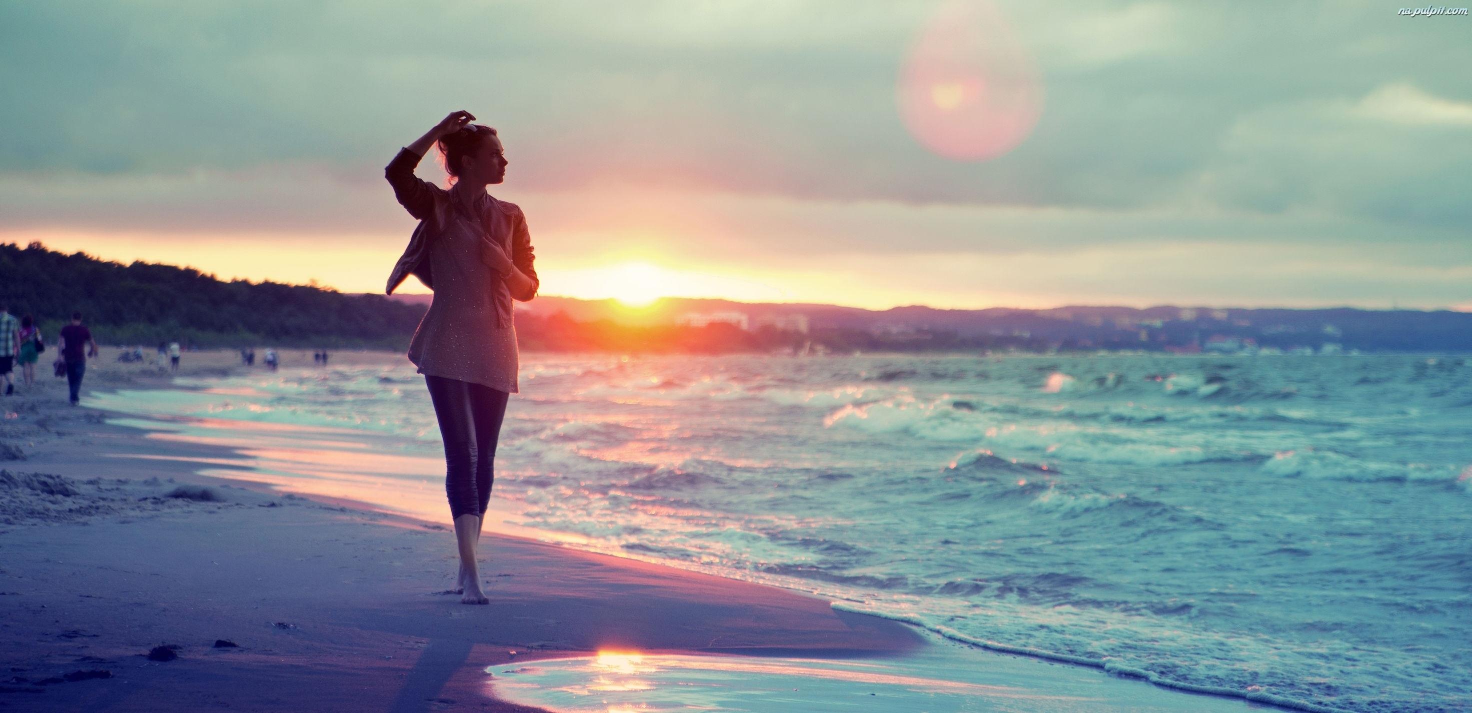 kobieta-plaza-morze-2
